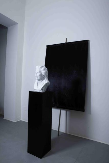 Durant_Black Flag_Unfinished Marble_Marie-Luise Bernieri